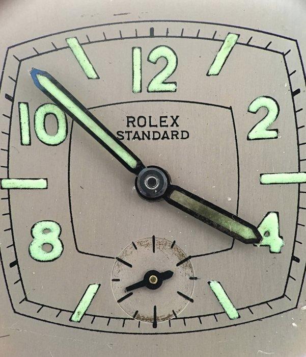 rolex-standard-dial-closeup