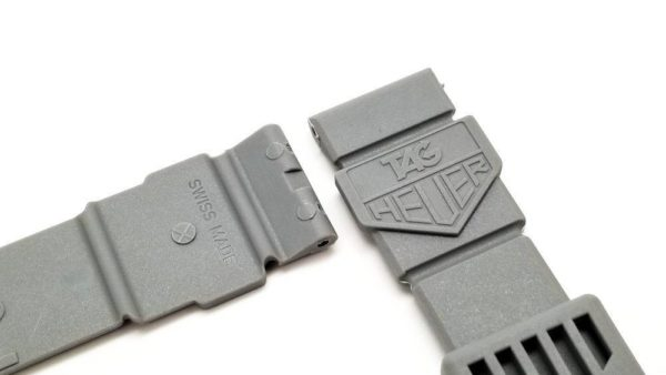 ag Heuer logo stamped on both sides of bands