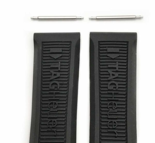 Includes a pair of original 20mm Tag Heuer spring bars tg714