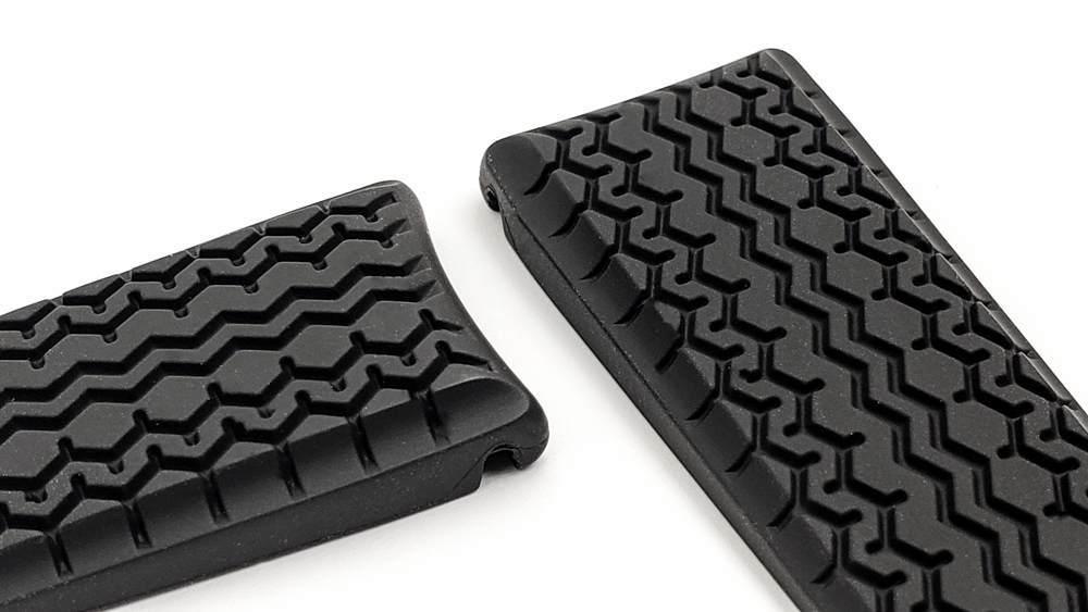 Tag Heuer Carrera Grand Prix rubber strap - 22mm wide